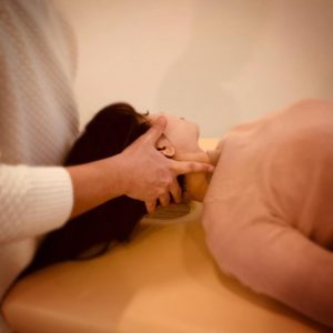 肩こりと頭痛に対する徒手療法テクニック