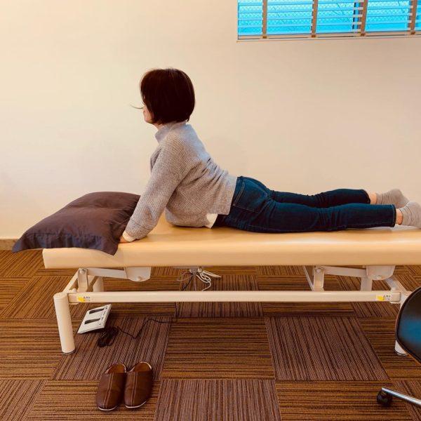 伸展型腰痛